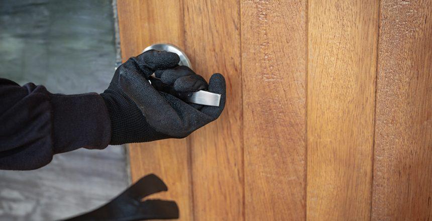 Stole the house door using iron.